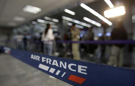 El aeropuerto de Río de Janeiro, tras conocerse el accidente del avión de Air France. | AP