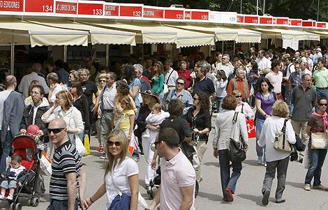 Imagen de las casetas de la Feria del Libro de Madrid. | Foto: Efe