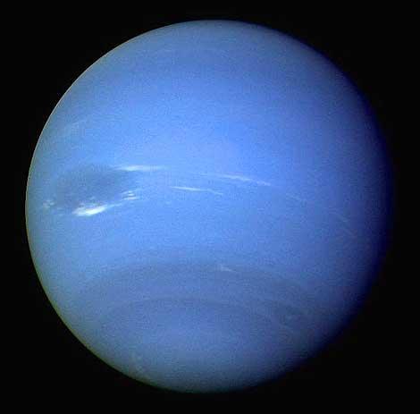 Neptuno observado por la sonda Voyager 2 en 1989.   NASA