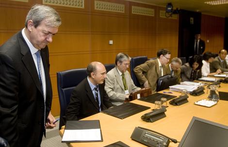 Carlos Aguirre comparece en la Comisión de Hacienda del Parlamento. | Nuria González
