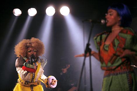 Ebony Bones durante su actuación. | Santi Cogolludo