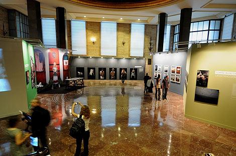 Sala de exposiciones del Instituto Cervantes, donde se expone 'Resiliencia'.   Alfredo Merino