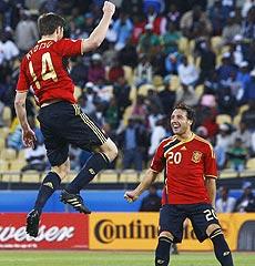 Xabi Alonso celebra su gol. | Reuters