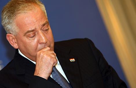 Ivo Sander durante la rueda de prensa en la que ha anunciado su marcha. | AFP