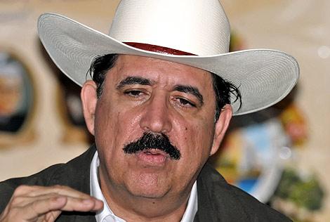 El depuesto presidente hondureño, Manuel Zelaya. | Efe
