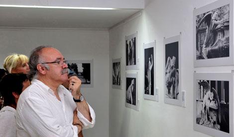 Carod en una exposición fotográfica en La Habana | Efe