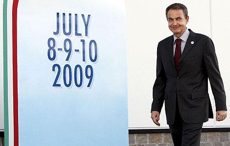 El presidente del Gobierno, José Luis Rodríguez Zapatero, a su llegada a la Cumbre.   Efe