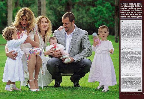 Tita Cervera, junto a Borja Thyssen, su esposa Blanca, su hijo y las dos niñas. | Hola