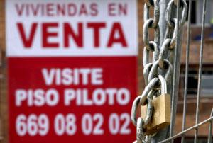 El desempleo y el descenso de los precios de las casa, factores para el aumento de los embargos.   EFE