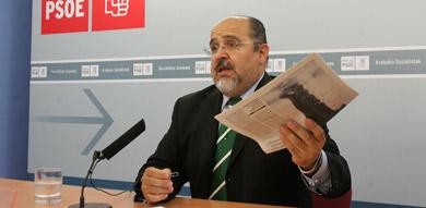 El presidente de los socialistas alaveses, Txarli Prieto.   Nuria González