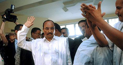 Abdelaziz, tras votar el sábado en la capital mauritana. | Efe