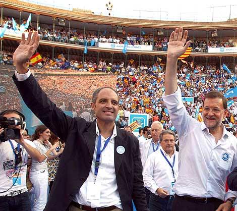 Rajoy ha mostrado en repetidas ocasiones su apoyo a Camps. | Vicent Bosch