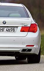 BMW 760i: un lujo de potencia