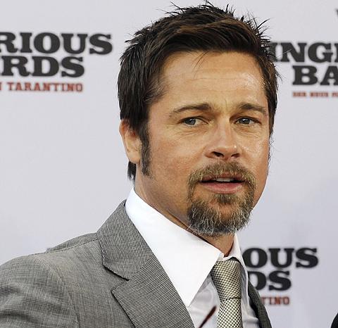 Brad Pitt promociona su última película, 'Malditos Bastardos'. | Afp