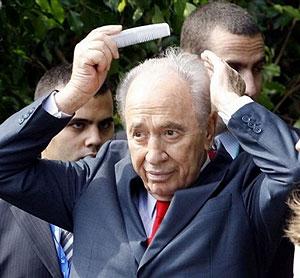 Simon Peres.