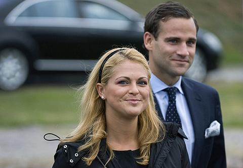 La princesa Magdalena junto a su prometido, Jonas Bergström. | Afp