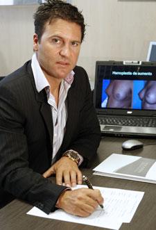 El doctor Iván Mañero | Efe