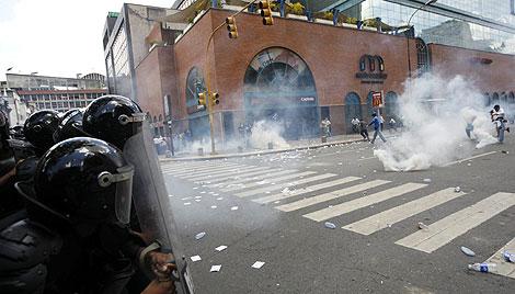 Disturbios en Caracas por la nueva ley de educación.   Reuters