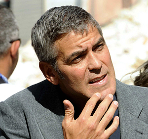 George Clooney visita L'Aquila (Italia) en julio. | Reuters