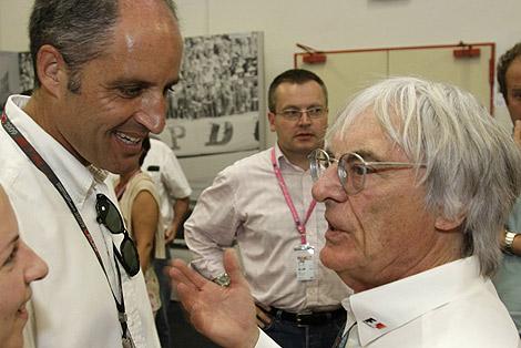 Francisco Camps, junto a Bernie Ecclestone, este sábado en Valencia. | GVA