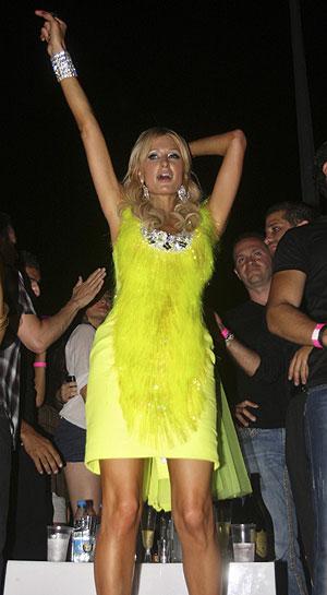 Paris Hilton de fiesta en Líbano. (Foto: Reuters)