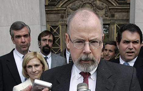John Durham, el fiscal designado por Eric Holder para investigar los abusos de la CIA. | Ap