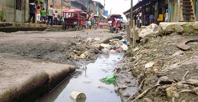 Imagen de una calle del mismo barrio de Iquitos. | W. Fernández