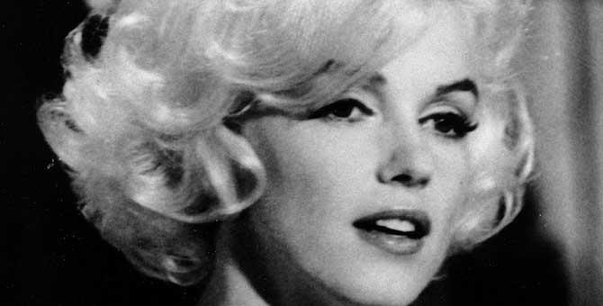 Marilyn Monroe.   Ap