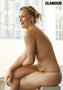 La modelo Lizzi Miller luciendo tripita. | 'Glamour'