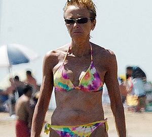La vicepresidenta en las playas del Garraf. | Europa Press