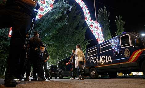 Dispositivo policial para prevenir incidentes en las fiestas de Pozuelo. | Alberto Di Lolli