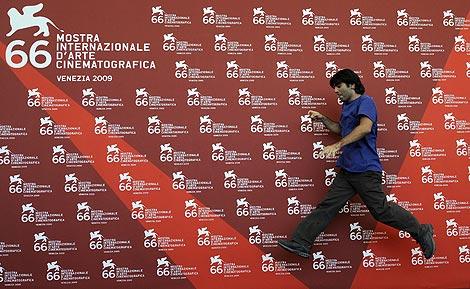 Fatih Akin, durante la presentación. | AFP