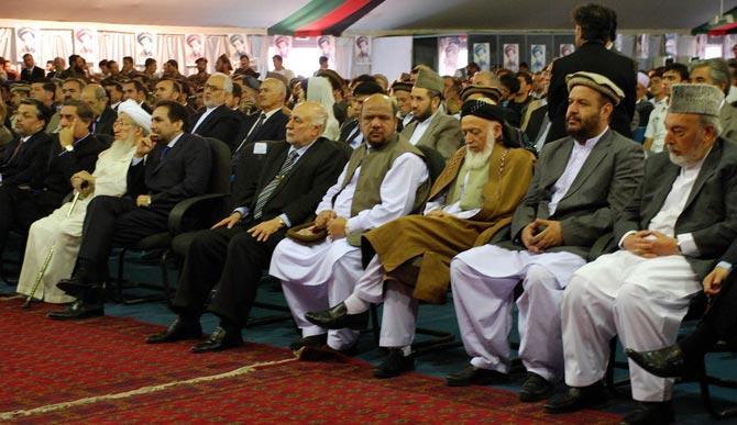Algunos de los principales señores de la guerra de Afganistán, en el homenaje a Ahmad Sha Masud en Kabul.| M. Bernabé