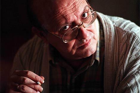 El poeta, durante una entrevista en 1997. | Bernardo Díaz