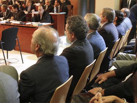 Algunos de los acusados, entre ellos Núñez y De la Rosa. | Efe