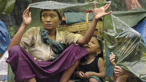 Jovenes refugiados birmanos atendidos por la ONG. | Efe