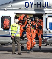 El príncipe heredero Federico de Dinamarca llega en helicóptero a la inauguración. | Efe