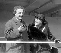 Einstein con su esposa Elsa