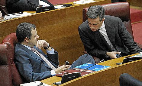 Ricardo Costa y David Serra en las Cortes Valencianas   José Cuéllar.