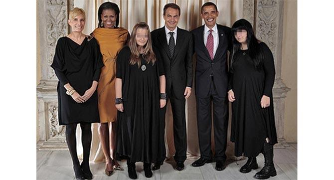 El matrimonio Obama y la familia Zapatero en el Museo Metropolitan de Nueva York.