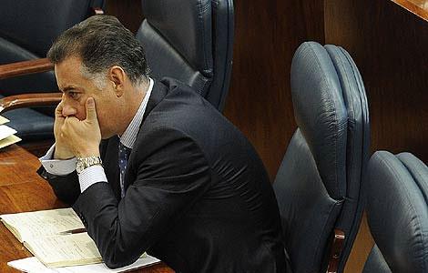 López Viejo, en la Asamblea de Madrid. Foto: Bernardo Díaz