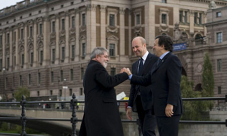 Lula, Reinfeldt y Barroso, tras la reunión en Estocolmo. | Efe