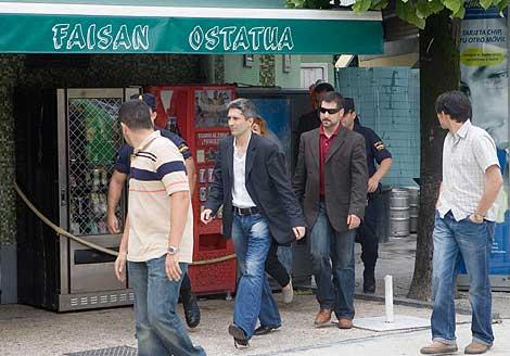 Foto de archivo de las detenciones ordenadas por el juez Marlaska en el bar Faisán.   C. García