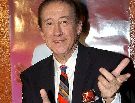 El artista Luis Aguilé, en una imagen de 2004. | Efe