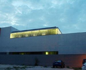Nueve biblioteca del barrio de Aluche.| A. Abueitah