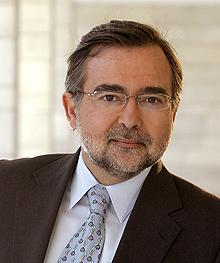 El autor cordobés José Calvo Poyato | E.M.