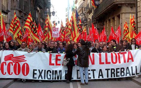 Protesta en 2002 por el cierre de LEAR Cervera que dejó a 1.200 personas en el paro | D. U.