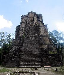 Numerosas ciudades mayas han sido halladas en la selva mexicana. | R.Q.