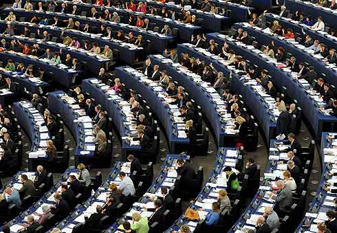 Vista de diputados europeos en una sesión plenaria. | Efe