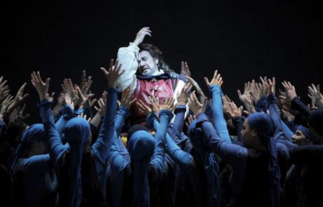 Plácido Domingo, en una escena de la ópera 'Simon Boccanegra', | Monika Rittershaus